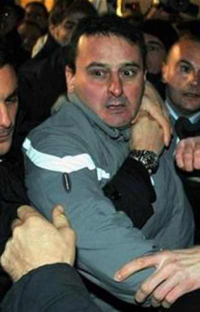 Arrest of Silvio Berlusconi assailant December 14