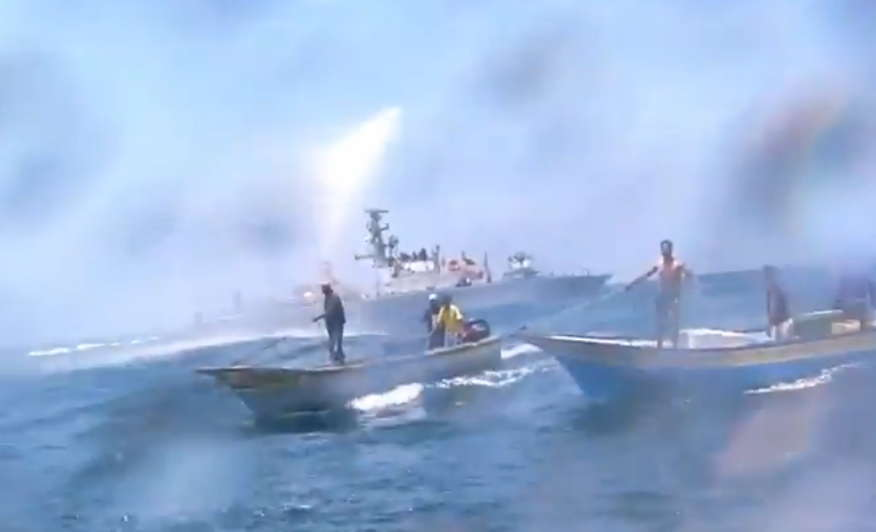Gaza fishermen being attacked by IDF gunboat with water cannon